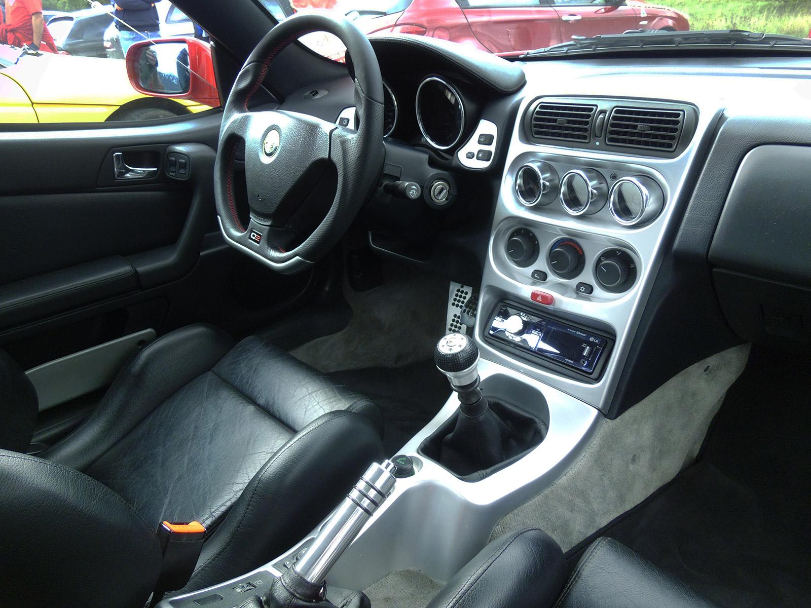 Alfa-GTV-Q2-volan-1.jpg